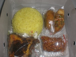 CIMG8230 FILEminimizer 300x225 Catering Jakarta Nasi Box Menu Special